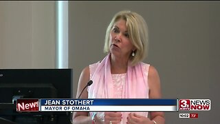 Mayor Stothert proposes $200 million bond issue to improve roads