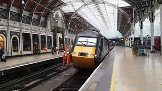 Train derails as it departs Paddington station in London - Video
