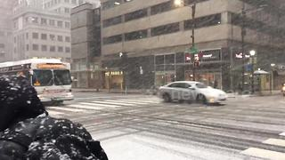Heavy snow falls in Philadelphia as second nor'easter arrives