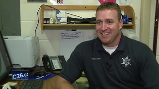 Appleton officer becomes social media sensation after viral video - Video
