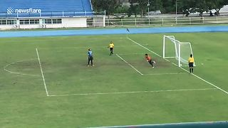 Goalkeeper Celebrates Missed Penalty Shot A Bit Too Soon  - Video