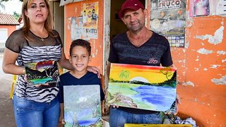Aspiring Child Artist Exhibits Paintings In His Own Art Gallery To Finance His Tuition  - Video
