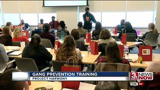 Local organizations keep kids from gang life - Video