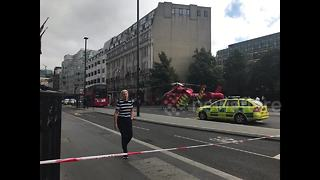 Blackfriars crash: Helicopter lands on central London street - Video