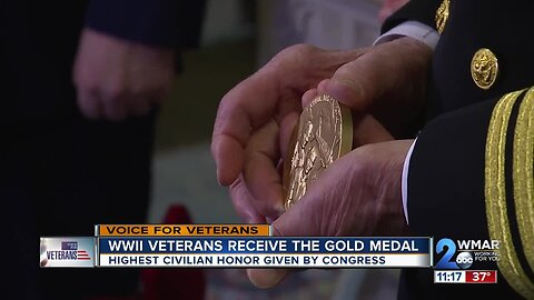 WWII veterans receive the gold medal, highest civilian honor given by congress