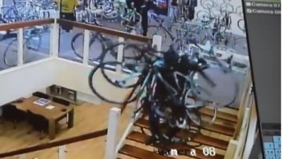 Thieves Steal €100,000 Worth of Bikes From Netherlands Store