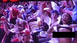 Cardinals Fan FLASHES Jumbotron Camera - Video
