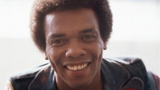 Singer Johnny Nash Dies At 80