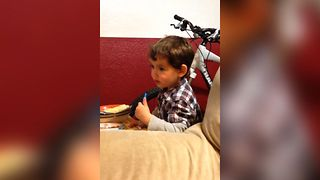 Boy Hilariously Misprounces Smart - Video