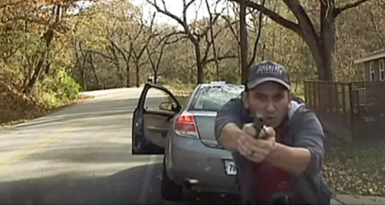 Michael Berry - Illegal immigrant opens fire on Arkansas police officer