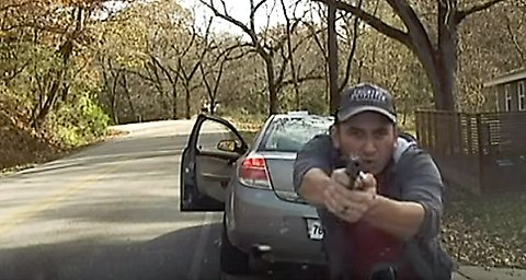 Illegal immigrant opens fires on Arkansas police officer