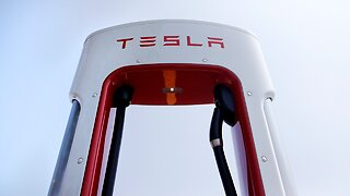 Tesla snaps awful losing streak