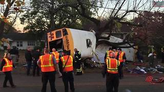 Superintendent and Mayor address deadly school bus crash in Chattanooga - Video
