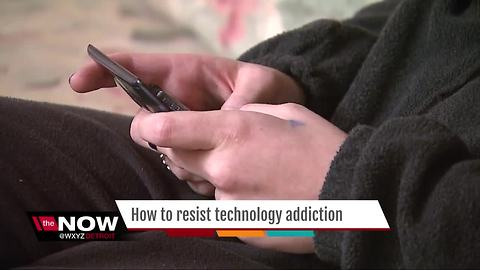 How to resist technology addiction