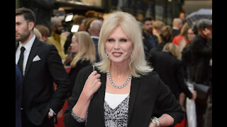 Joanna Lumley doesn't think there should be a female James Bond