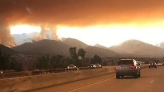 New Evacuation Orders Issued for Lake Elsinore As California's Holy Fire Grows - Video