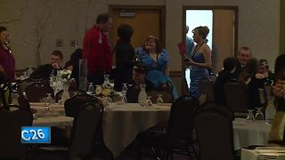Night to Shine prom held in Appleton - Video