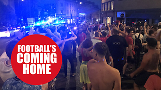 Fan pour onto the streets of Bristol to celebrate England win