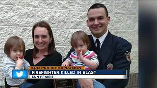 Firefighter killed in blast - Video
