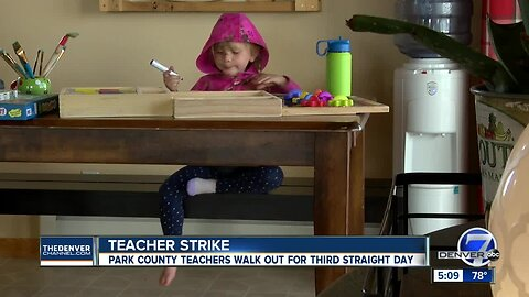 Park County mom teaches children at home during teacher strike