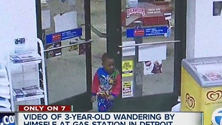 3-year-old caught on video wandering around by himself in Detroit - Video