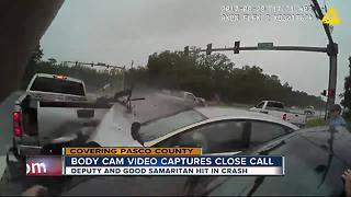 Dramatic video shows deputy and witness injured in domino effect crash - Video