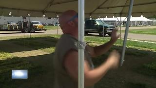 EAA Airventure Cleanup Starts - Video