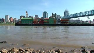 BB Riverboat barge now in Newport - Video