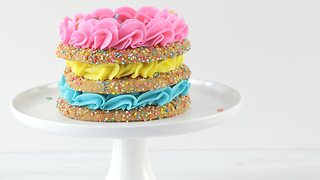 Sprinkle cookie cake - Video