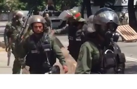 Violence Breaks Out Between Police, Protesters During Anti-Maduro General Strike - Video