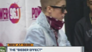 Will Justin Bieber help the Packers win? - Video