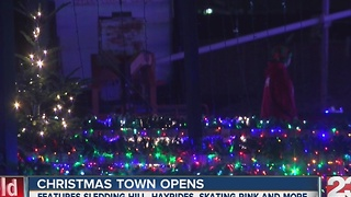 Christmas Town in Northwest Bakersfield opens - Video