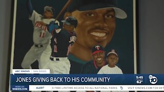 Jacque Jones gives back to community