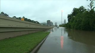 Tampa relief efforts helping Houston church | Digital Short - Video