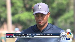 Tiger Woods attracts large crowds at Honda Classic
