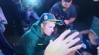Justin Bieber hits paparrazi with car - Video