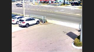 Tampa Police release video of BMW involved in fatal road rage incident. - Video