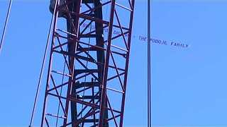 Banner Plane Flies Over Construction Crews Working to End Blackout in Outer Banks - Video