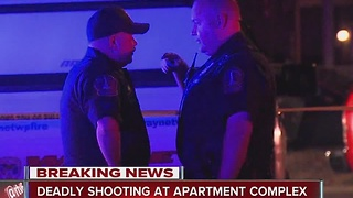 Person fatally shot in car at southwest side apartment complex - Video
