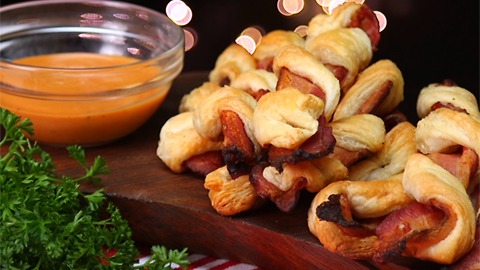 Bacon Twists and BBQ Ranch Sauce