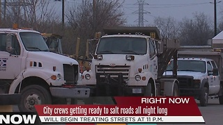 City crews preparing for morning snowfall - Video