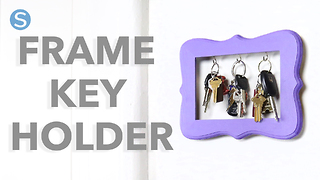 Turn an old picture frame into the cutest key holder - Video