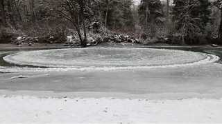 Spectacular Ice Circle Spins in Washington State River - Video