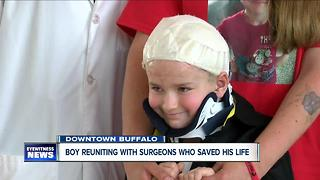 Niagara Falls boy reunites with doctors who saved his life - Video