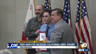 Teen amputee receives California hero award - Video