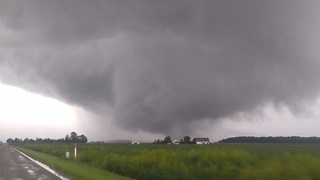 Huge Tornado Spotted in Western Ohio - Video