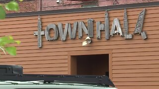 TownHall bar owner defies mask mandate amid complaints, COVID-19-positive employees, investigation