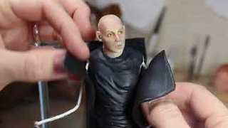 Talented Artist Creates Paul McCartney Sculpture - Video