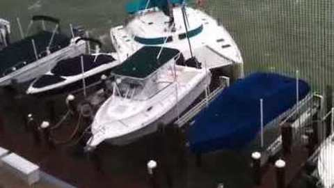 Unmanned Catamaran Breaks Anchor in High Winds, Crashes Into Other Boats
