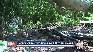 KCP&L crews working to restore power - Video